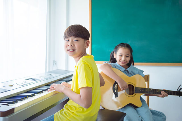 9 Reasons Why Your Child Should Start Music Lessons