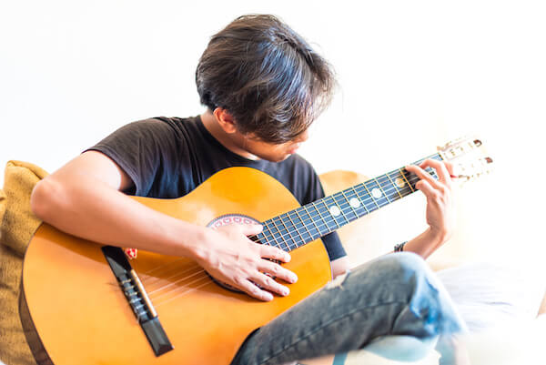All You Need To Know About Playing The Acoustic Guitar