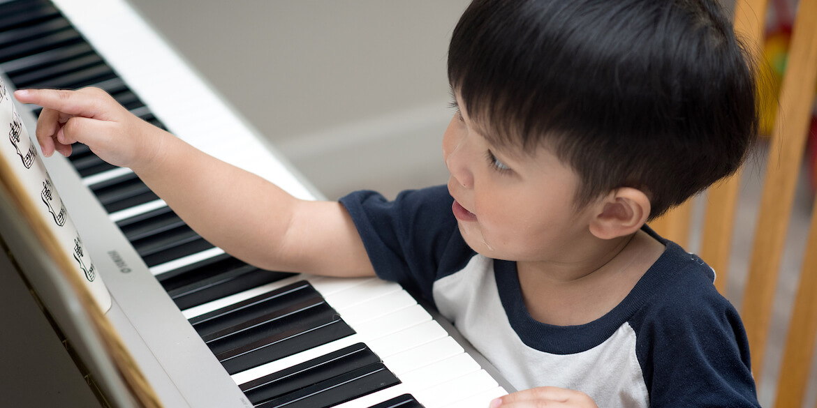 The Parent's Guide To Helping Your Toddler Learn The Piano