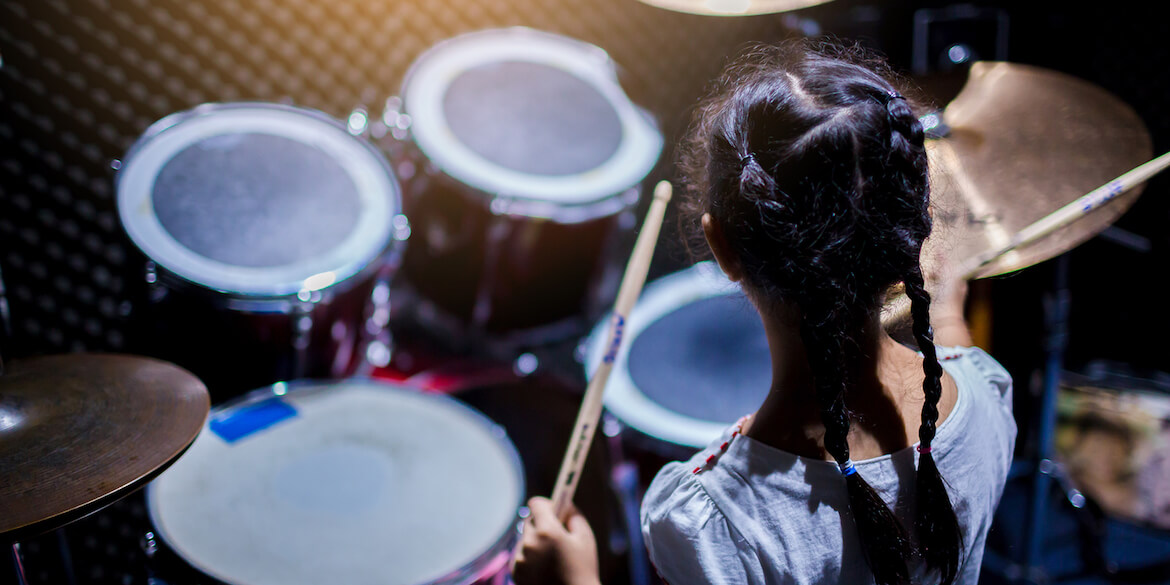 Play Positive: 9 Healthy Benefits Of Drumming