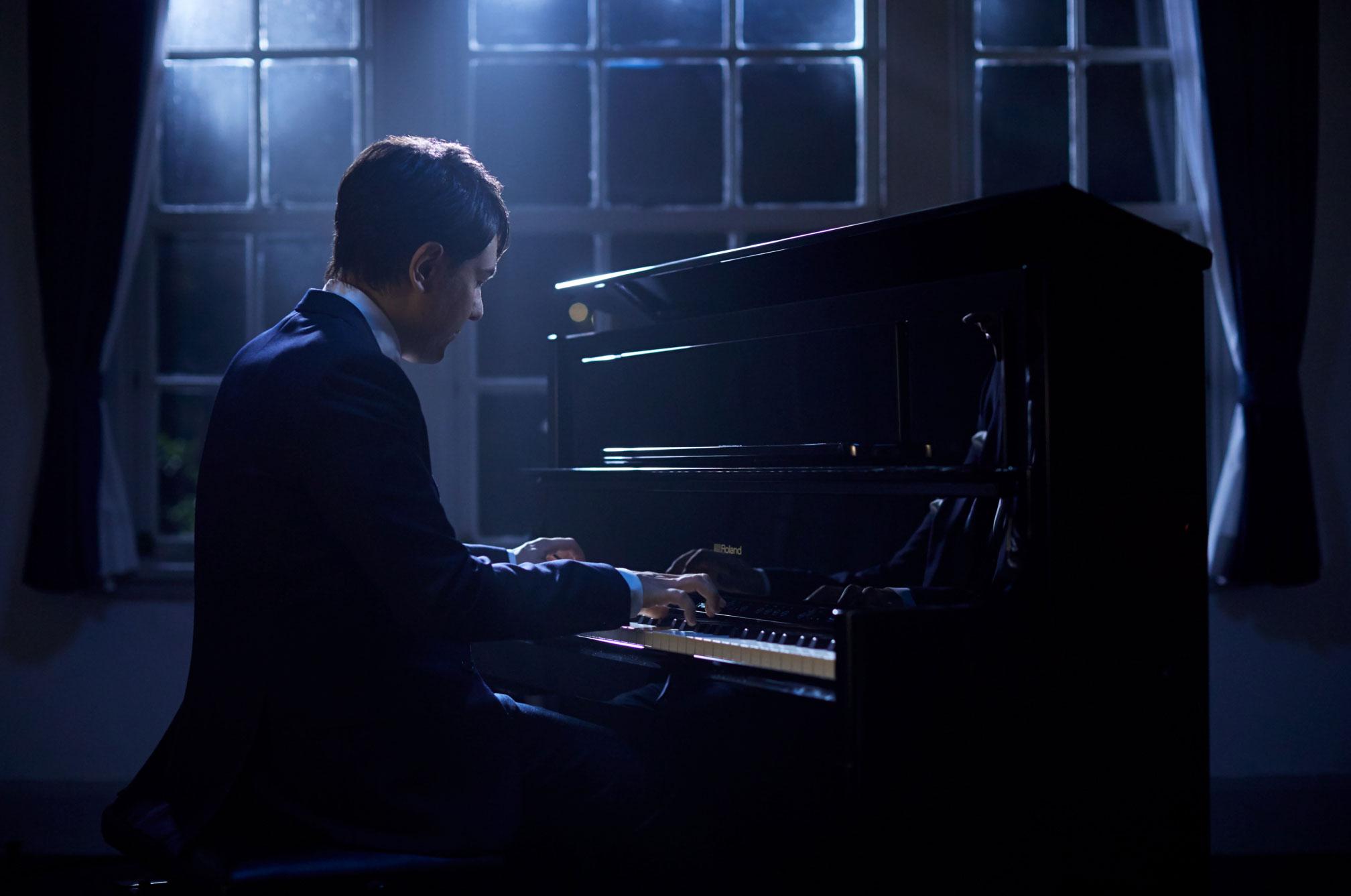 roland lx708 premium digital piano